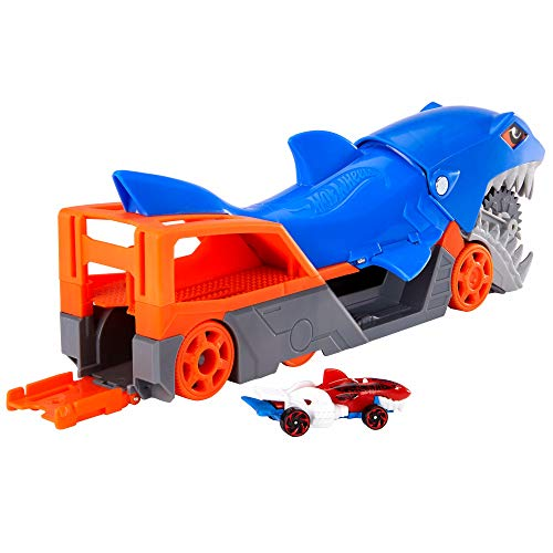 Hot Wheels Shark Chomp Transporter Playset with One 1:64 Scale Car for Kids 4 to 8 Years Old, Shark Bite Hauler Picks Up Cars in Its Jaws & Stores Up to Five in Its Belly