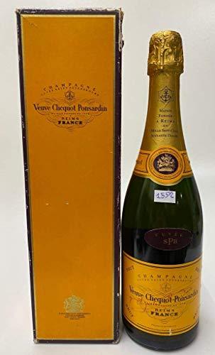 Vintage Bottle - Veuve Clicquot Ponsardin Champagne Cuvéè Saint Pétersbourg Brut 0,75 lt. + BOX - COD. 1552