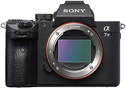 Sony Alpha 7 III | Fotocamera Mirrorless Full-Frame (AF Rapido in 0.02s, Stabilizzazione Integrata a 5 assi, 4K HLG, Batteria ad alta capacità), Corpo
