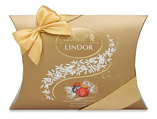 Lindt LINDOR Kissenpackung Mischung, Schokoladengeschenk, ca. 25 LINDOR Kugeln, 4 Sorten (Vollmilch, Weiß, Dark 60% und Haselnuss), 323g