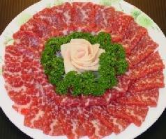 【馬刺し屋】 皿盛りお届け!熊本の桜 田原坂セット [贈答用スライス皿盛]お祝い お返し 感謝 贈答品