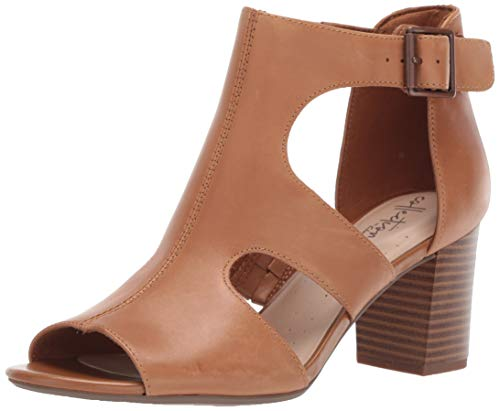 Clarks Women's Deva Heidi Heeled Sandal, tan Leather, 085 M US