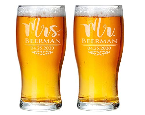Custom Etched Mr Mrs Beer Glasses Set of 2 Pub 50th Wedding Anniversary Dad Mom Bride Groom Soon to Be Newly Engaged Rustic Couples