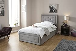 Upholstered in a Clean & Crisp Hopsack Fabric The Head & Foot Boards Feature Diamante Buttons Ample Storage (30cm) for Blankets, Throws or Anything else See below for Dimensions Delivered flatpacked for home assembly. Instructions and fixings are all...