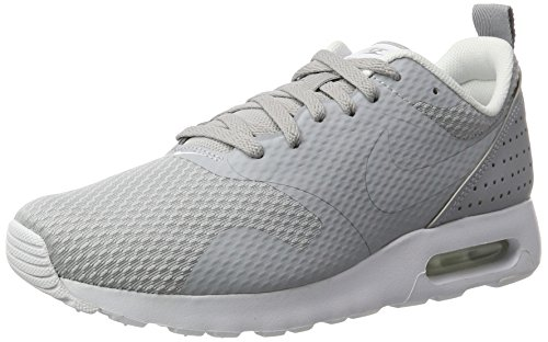 Nike Air Max Tavas, Scarpe da Ginnastica Uomo, Grigio (Wolf Grey/Wolf Grey/White), 38.5 EU