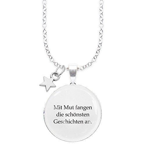 Spruchketten BY LIEBLICHKEITEN Nickelfreie Kette 80 cm mit Anhänger Spruch in 2,5cm großer Glaslinse: Mit Mut fangen die schönsten Geschichten an