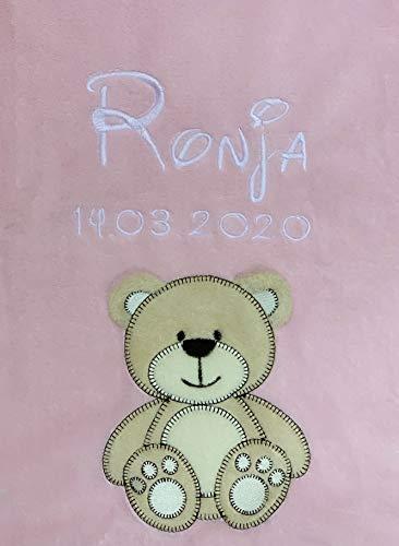 Babydecke bestickt mit Name und Geburtsdatum/kuschelig weich / 1A Qualität nach Ökotex 100 Standard - farbecht (Rosa - BÄR)