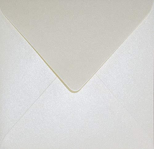 100 Perlmutt-Creme quadratische Briefumschläge ohne Fenster 153x153mm mm Aster Metallic Cream Spitzklappe Perlmutt-Glanz-Umschläge Perlglanz metallisch-glänzende Kuverts Metallic-Effekt