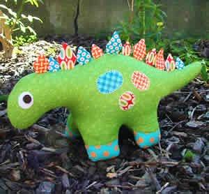 Melly und Me Dilbert der Dinosaurier Soft Spielzeug Schnittmuster