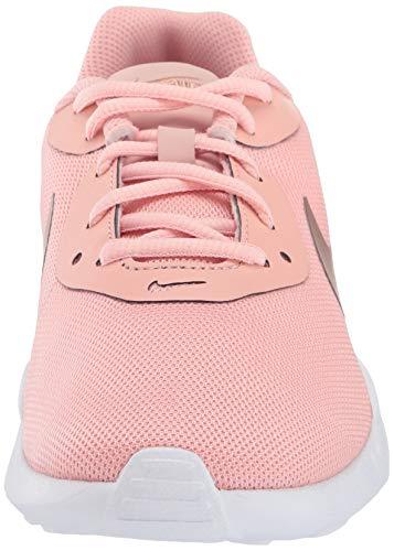 Nike Air MAX Oketo, Zapatillas de Atletismo Mujer, Multicolor (Coral Stardust/Mtlc Red Bronze/White 601), 37.5 EU