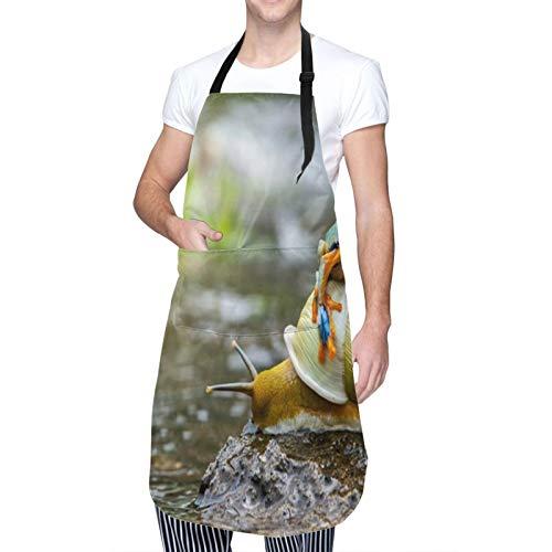 NOLOVVHA Ajustable Personalizado Delantal Impermeable,Rana colorida linda divertida sobre el caracol Paisaje fluvial Agua Roca Moluscos Animales anfibios,Babero de Cocina Vestido con 2 Bolsillos