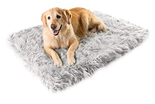 Puprug Faux Fur Memory Foam Orthopedic Dog Bed, Premium Memory Foam Base, Ultra-Soft Faux Fur Cover, Modern and Attractive Design (Giant - 60' L X 35' W, Gray Rectangle)