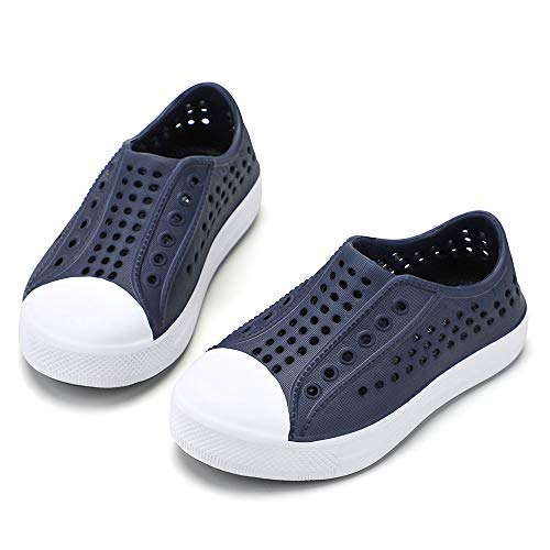 Plastic Canvas Child Shoes