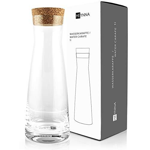 HEYNNA® Premium Karaffe/Wasserkaraffe mit Kork Deckel 1L Fassungsvermögen aus robustem Glas