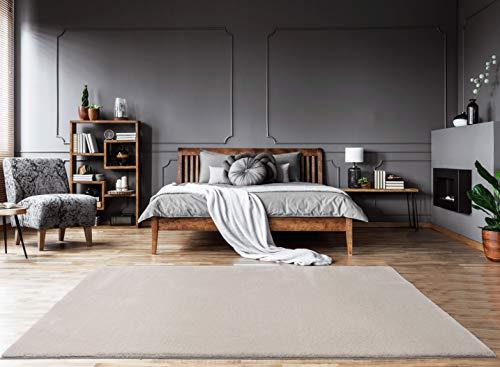 Mia´s Teppiche Bella Wohnzimmer Teppich, Weicher Hochflor 30mm, Kunstfell, 100% Polyester, Beige, 160x230 cm