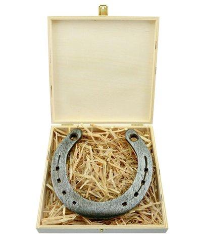Echtes Glückshufeisen in schöner Holz-Geschenkbox mit persönlicher Wunschgravur
