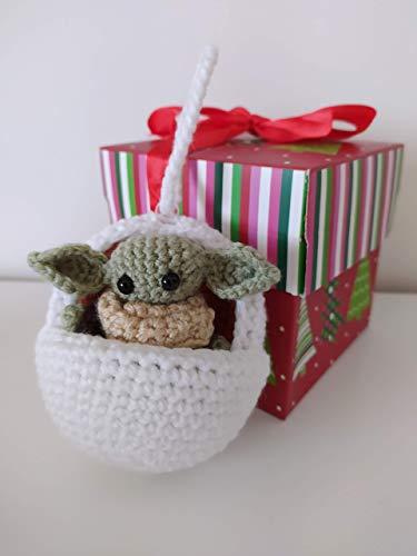 Baby Yoda con culla