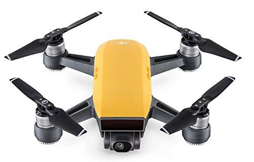DJI Spark - Mini-Drohne mit max. Geschwindigkeit von 50 km/h, bis zu 2 km Übertragungsreichweite, 1080p Videos mit 30 fps und 12 Megapixel Fotos - Gelb