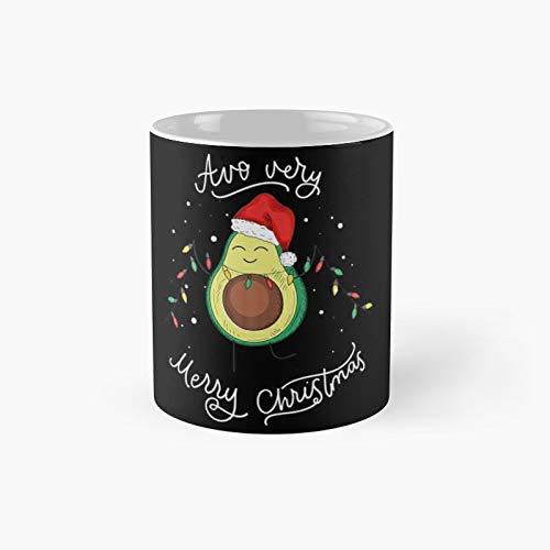 Divertido y lindo aguacate Feliz Navidad taza clásica