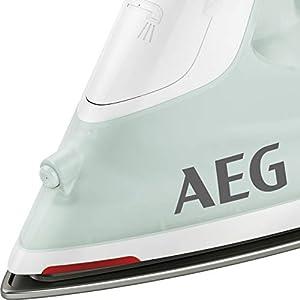 AEG DB 1740LG Dampfbügeleisen (2400 Watt, 110g Dampfstoß, 0-30g Dampf/Min., Restwärmeanzeige, Keramik Bügelsohle, Gleitfähigkeit, 250 ml Wassertank, 2 m Kabel, Anti-Kalk System, hellgrün/weiß)