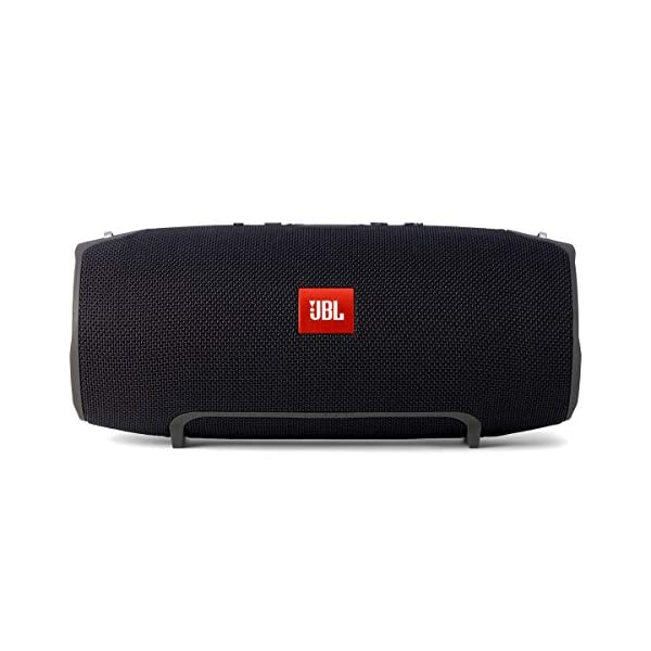 JBL Charge 4 front view