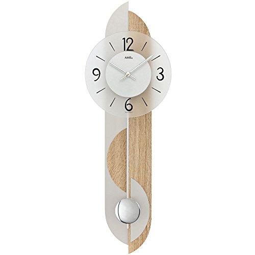 Geluidsarme pendelklok van AMS met metalen slinger en een achterwand van hout (Sonoma eik) en aluminium, hoogwaardige wandklok voor de woonkamer met slinger - Arabische cijfers