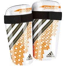 Adidas - Espinilleras de fútbol Presator Lite (blanco/naranja/negro, talla M)