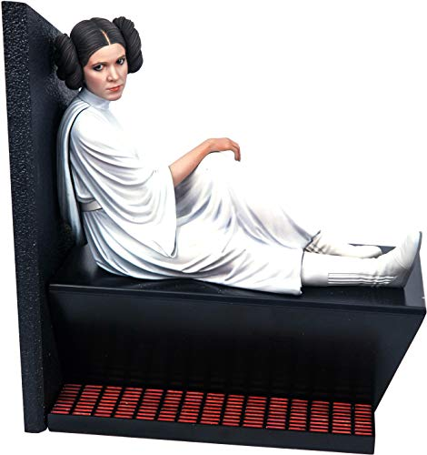 DIAMOND SELECT TOYS Star Wars Milestones: A New Hope Princess Leia 1:6 Scale Statue, Multicolor, 10 inches