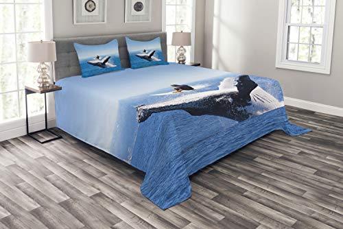 ABAKUHAUS Tier Tagesdecke Set, Jumphing Delphin Surfer, Set mit Kissenbezügen Sommerdecke, für Doppelbetten 220 x 220 cm, Weiß Blau