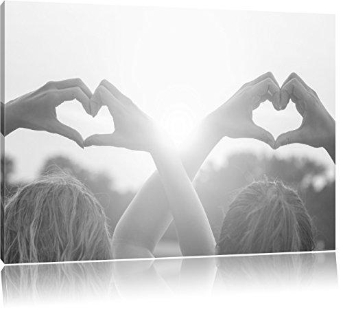 Pixxprint Zwei Mädchen Zeigen Herzmotiv/Format: 100x70cm / Leinwandbild fertig bespannt Wandbild Kunstdruck