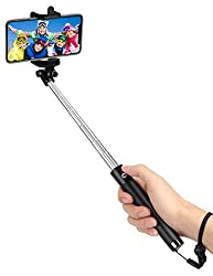 Gift ideas for generation Y definitely include selfie sticks.