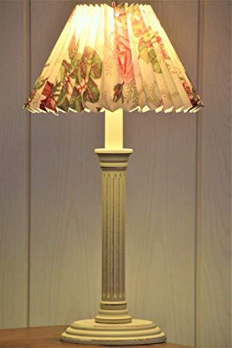 Kleine Landhaus Tischlampe aus Holz E14, rund-oval, shabby antik-creme matt mit Karton-Plisseeschirm Rosenmotiv, rund, H=40cm, Schirm D= 22cm Energieklasse A++ bis E