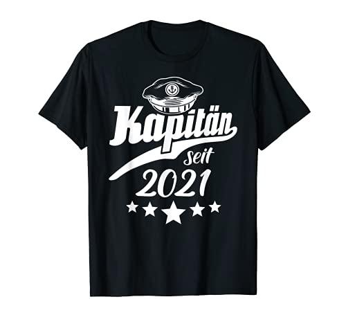 Kapitän 2021 Bootsführerschein Kapitänsmütze Geschenk Schiff T-Shirt