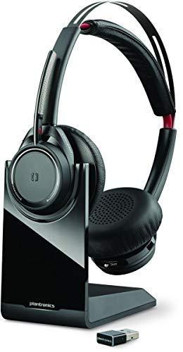 Plantronics Voyager Focus UC B825 - Auriculares estéreo Bluetooth con Base de Carga, USB A BT, sensores Inteligentes, Brazo de micrófono, cancelación de Ruido, Color Negro