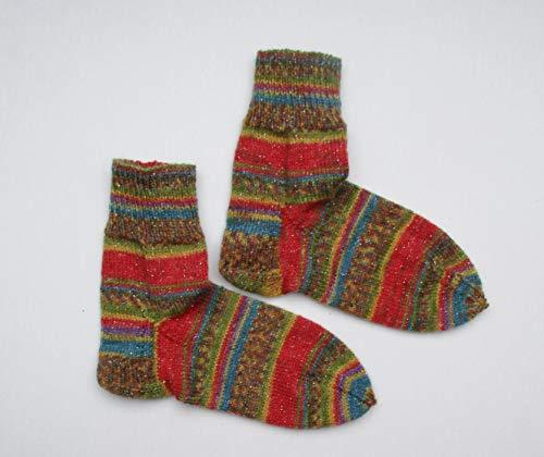 handgestrickte Socken mit Glitzer