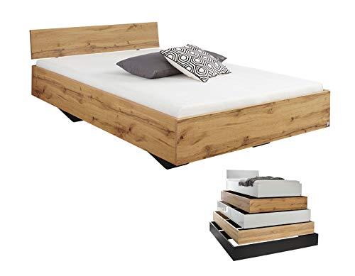 lifestyle4living Futonbett 120x200, Eiche Wotan Dekor mit Kopfteil | Flaches Einzelbett für bodennahen Schlaf-Komfort