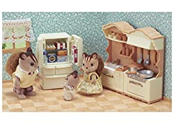 Furniture set with accessories: Cooker unit, sink unit, refrigerator, cooking utensils, vegetables, ice etc Cooking utensils can be stored on the kitchen shelves Many ingredients can be stored in the four compartments of the refrigerator Stimulates i...