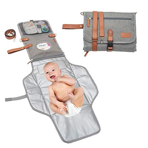 Orgomido Cambiador Portátil De Pañales Para Bebe De Alta Calidad – Nueva Versión 2021- kit Cambiador bebe Viaje Unisex Impermeable - Ideas originales de regalos para recién nacidos