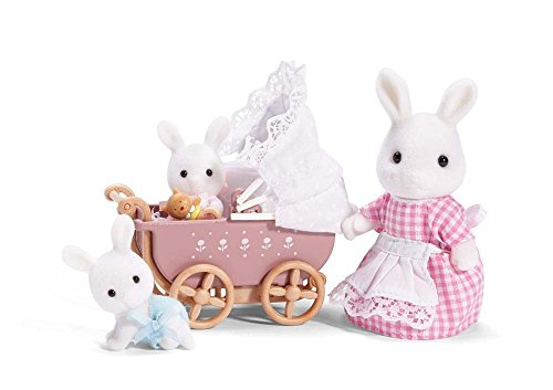 Calico Critters Connor & Kerri's Carriage Ride, Doll Playset, Collectible, Ready to Play, Model Number: CC2488