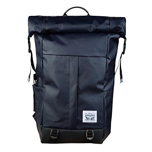 mochila enrollable de la marca Levi's