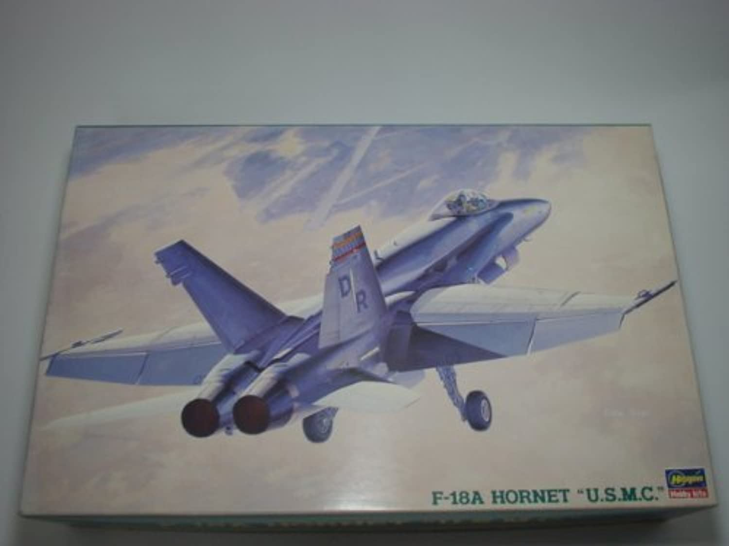 1 48 F-18A Hornet ( USMC )   P25 by Hasegawa