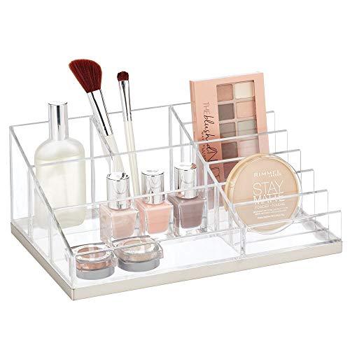 mDesign praktischer Kosmetik Organizer – dekorative Kosmetik Aufbewahrungsbox für Nagellack und Puder – Ablage mit 10 Fächern zur Schminkaufbewahrung – durchsichtig/mattsilberfarben