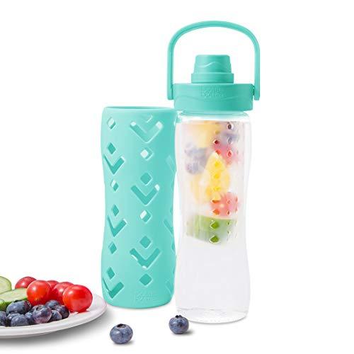 botella reutilizable para agua con infusor de frutas y manija de agarre