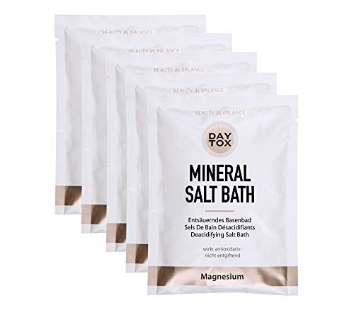 DAYTOX - Mineral Salt Bath - Entsäuerndes Basenbad für die optimale Haut-Balance - Vegan, Ohne Silikone, Made in Germany - 5 x 80 g