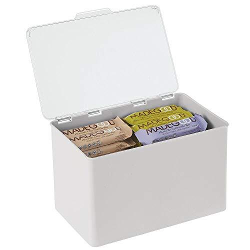 mDesign Caja con tapa para la cocina, la despensa o el despacho – Cajones de plástico sin BPA apilables – Cajas de ordenación compactas para artículos del hogar – gris claro y transparente