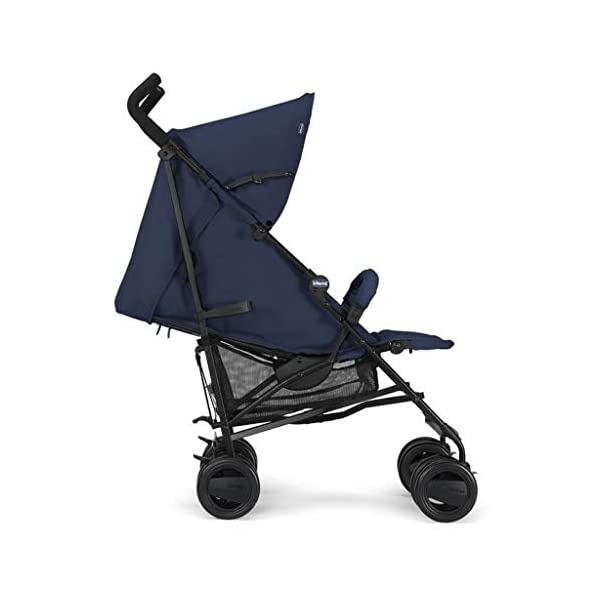 Passeggini 4 Ruote Chicco 00.79258.640 Passeggino London Up Blue Chicco Easy and agile, that's the motto of london up. for comfortable driving in the busy city this buggy is ideal. Recommended from birth to 15 kg body weight The backrest is 4-way adjustable - with only 1 hand. 4
