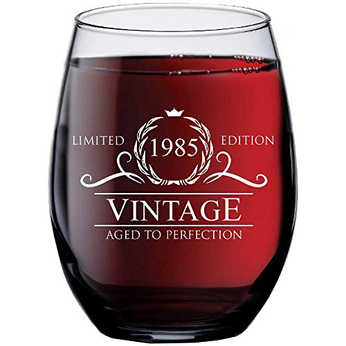 1985 35th Birthday Gifts for Women Men - 15 oz Stemless Wine Glass - 35 Year Old Gift Present Ideas for Mom Dad - Funny Vintage Unique Personalized - Party Anniversary Reunion Decorations Supplies