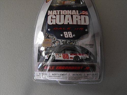 Con precio barato para obtener la mejor marca. Dale Earnhardt Jr  88 National National National Guard azul & blanco 1 64 Scale by Winners Circle  ahorra hasta un 70%