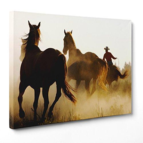 Bild auf Leinwand Canvas–Gerahmt–fertig zum Aufhängen–Cowboy–Wildpferde im Galopp Dimensione: 30x40cm A - Senza Cornice