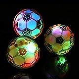 Catkoo Glänzendes LED-Licht Blinkender Musikball Springender Springender Fußball Baby Scherzt Spielzeug, Die Intelligenz-Geschenke Der Perfekten Trainingskinder Zufällige Farbe
